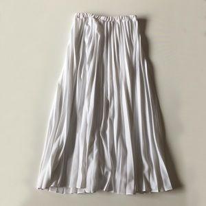 Vintage Skirts - Vintage 80s White Pleated High Waist Maxi Skirt M